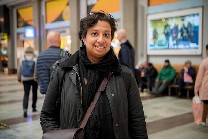 """Varför är det viktigt med pressfrihet? Mia Lagergren, 44, projektledare, Göteborg: """"Det är jätteviktigt att vi får utrycka oss med det fria ordet och inte kunna bli påverkade av dem som tycker annorlunda. Det är den stora fina vitsen med vårt demokratiska samhälle och något vi måste värna om"""". Foto: ALEX LJUNGDAHL"""