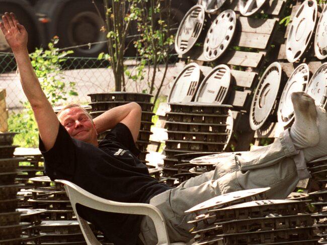 I 25 år har Ronnie Lundqvist samlat på navkapslar. Nu ska allt bort.