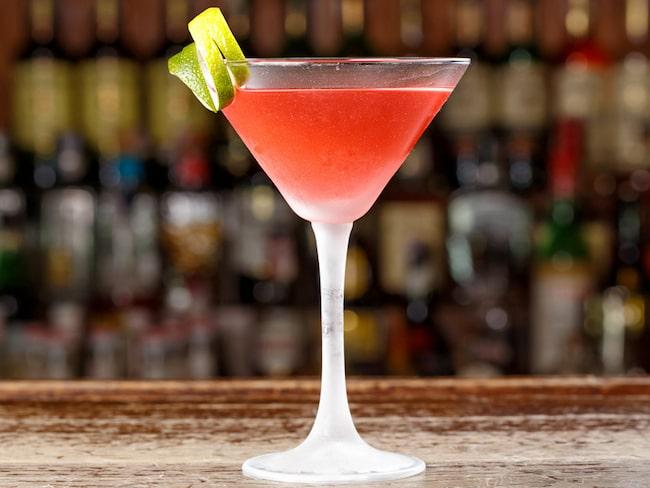 Cosmopolitan är en väldigt populär drink med vodka i.