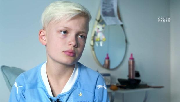Julle, 10, kastades ut från sitt fotbollslag