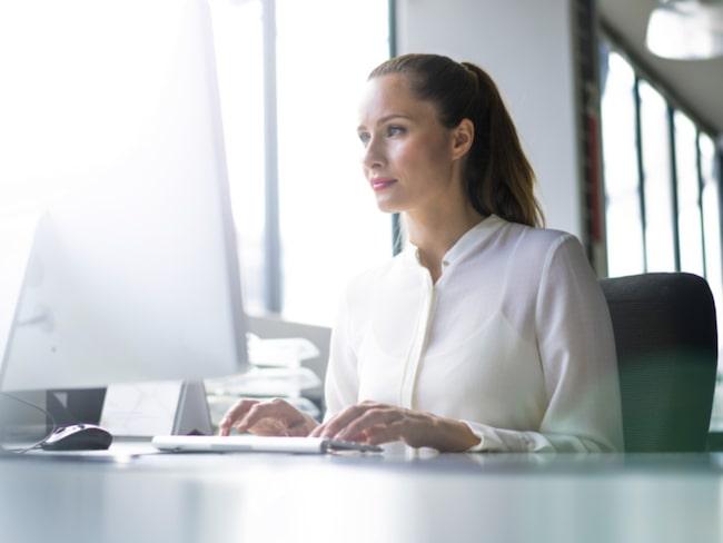 <span>Den som har ett stillasittande jobb, till exempel på kontor, bör röra på sig minst 60-75 minuter om dagen. </span>