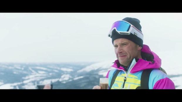 Peter Magnusson om nya komedin och om papparollen
