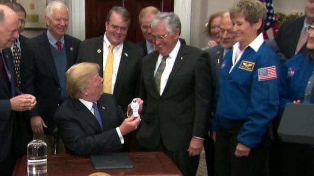 """Trumps nya order: """"Expedition till Mars"""""""