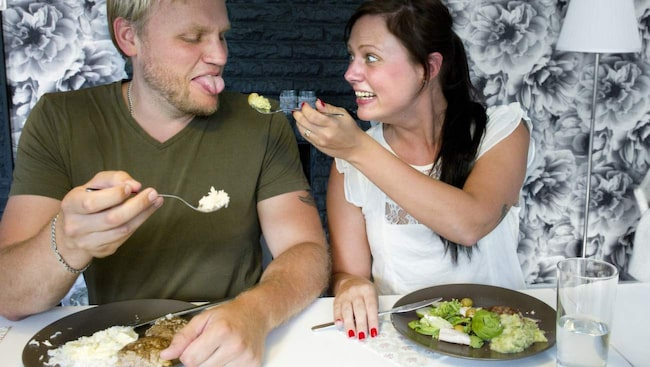 Kolhydratsfajt. Jonas och Michaela Zabel är gifta, men äter inte samma mat. Jonas åt LCHF tillsammans med Michaela en period, men saknade att kunna äta pommes frites och pasta.