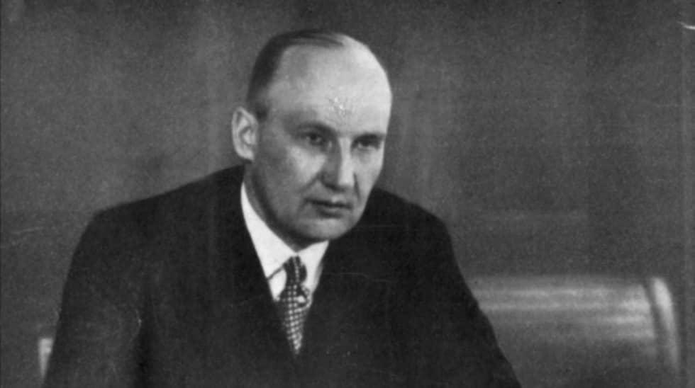 Den svenske finanskungen Ivar Kreugers död skakade finansvärlden.När han hittades ihjälskjuten i Paris 1932 rasade hans imperium och miljoner människor förlorade allt de ägde i kraschen.