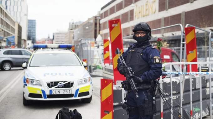 Polisen larmar nu om att det saknades utrustning i samband med terrordådet. Foto: Linnea Rheborg / BILDBYRÅN