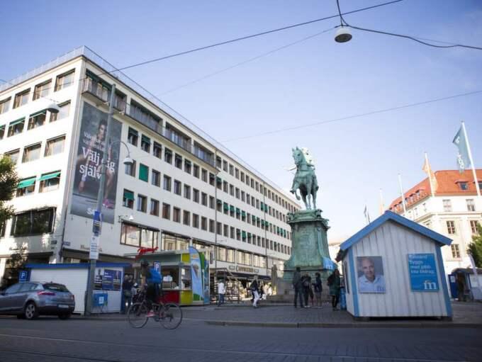 Göran Hägglund besökte under måndagen Göteborg och talade utanför Kristdemokraterans valstuga på Kungsportsplatsen. Foto: Jonas Tobin