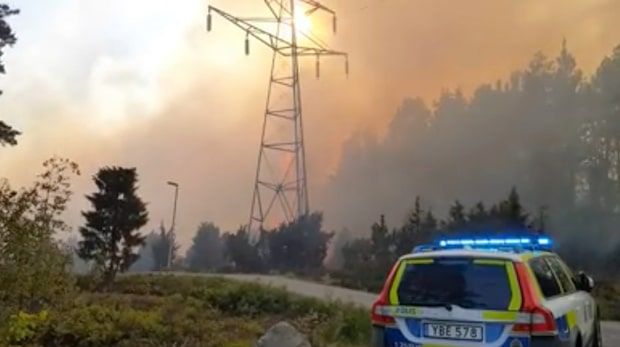 "Stor brand i Uppsala: ""Inte under kontroll"""