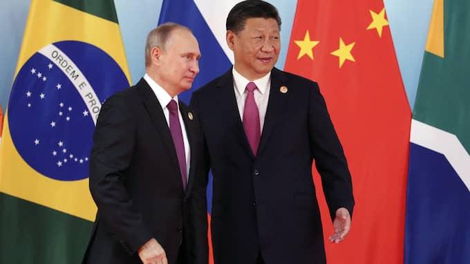 President Xi Jinping vill se 300 miljoner kineser på skidor. Foto: WU HONG / AP TT NYHETSBYRÅN