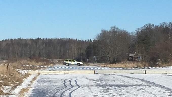 I stället hamnade de i Barkarby i Järfälla där de uppger att de utsatts för grov våldtäkt av chauffören och ännu en person. Foto: Läsarbild