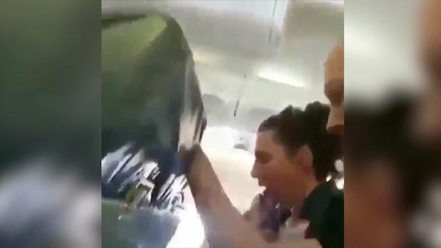 Se videon från flygplanet