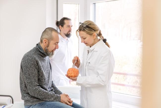Förebyggande åtgärder gör att allt färre drabbas av stroke.