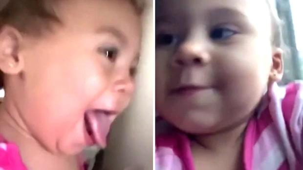 Här stjäl lill-tjejen hela showen – viral efter mobilstölden