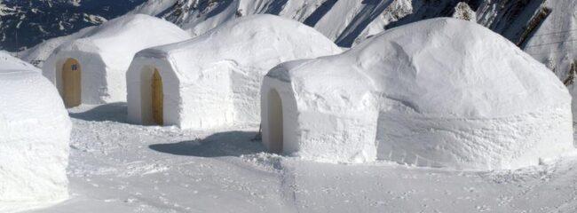 Testa att bo i igloo i vinter.