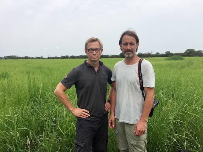 Expressens Magnus Falkehed och Niclas Hammarström. Här i Sydsudan. Foto: NICLAS HAMMARSTRÖM