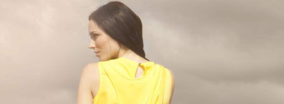 gult lager i hårbotten