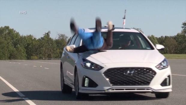 Test: Så dåliga är bilarnas autobromsfunktioner