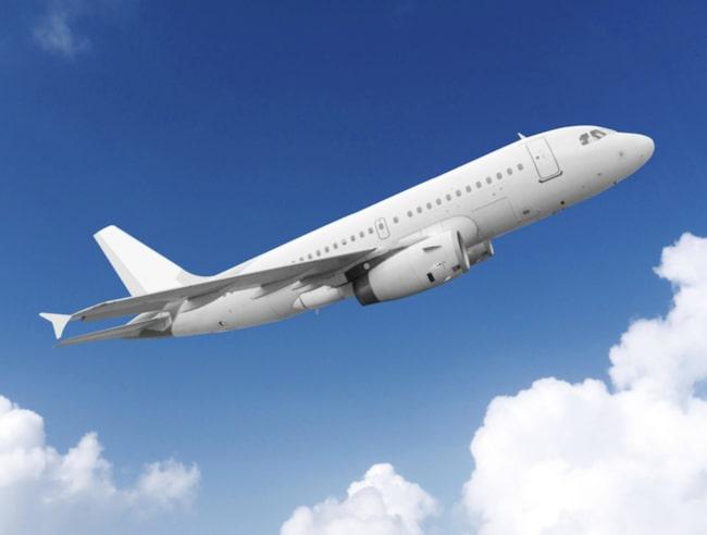 <span>Vita flygplan leder till exempel inte värme.</span>