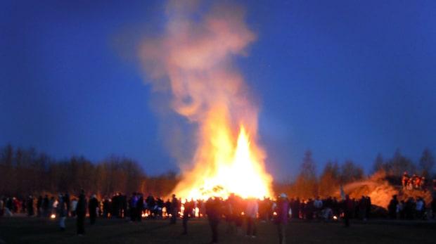 SMHI varnar för gräsbränder