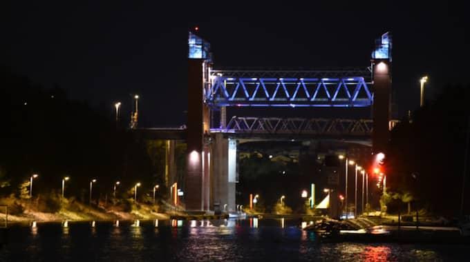 När bandet körde över brokanten filmades det men ingen tittade på övervakningskameran. Foto: Pontus Stenberg
