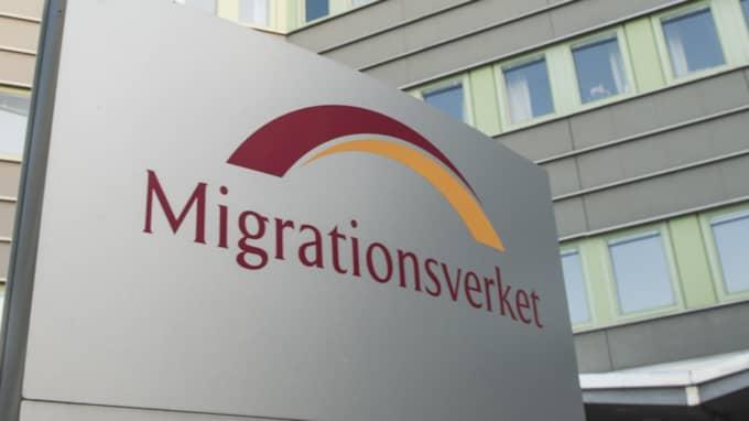Stefan Löfven har beordrat Migrationsverket att omgående införa fler ålderskontroller av asylsökande. Foto: Samuel Unéus