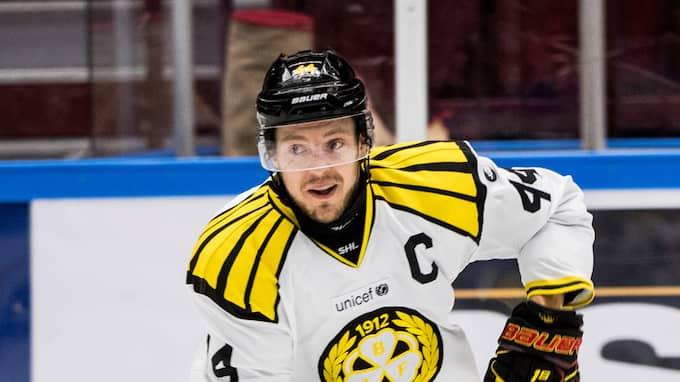 Jacob Blomqvist i Brynäs har haft en tung säsong. Foto: PETTER ARVIDSON / BILDBYRÅN