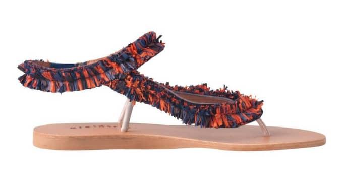 Sandaler med fransar från Minimarket, 2 400 kronor.