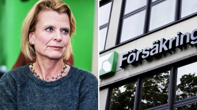 Assistansen har brutit samman. Åsa Regnér (S) kan inte ducka längre, skriver Anna Dahlberg.
