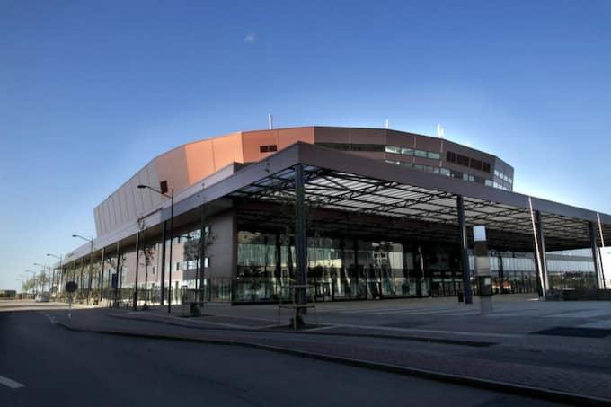 3. MALMÖ - MALMÖ ARENA. Med närhet till flygplatsen Kastrup, och möj- lighet till extra boende på andra sidan bron, i danska Köpenhamn, klarar Malmö av att ta emot många europeiska delegationer och besökare. Har en kapacitet att ta emot 15 400 besökare vid konserter och 13 000 vid sportevenemang. Foto: Ronny Johannesson