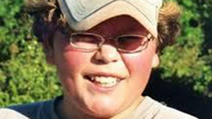 Claes Jenningers son Måns (bilden) tog livet av sig när han var 13 år gammal. Foto: Privat