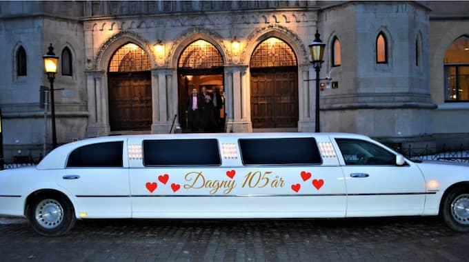 I dag blir det bubbel och limousin. Foto: Göran Norlén
