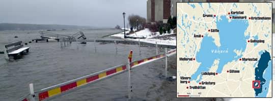 Översvämningarna blir allt värre. Så här såg det ut när Vänern svämmade över år 2000.