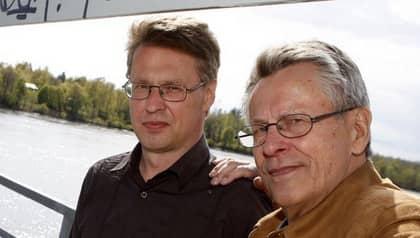 """Stieg Larssons bror och pappa driver bolaget Moggliden. Och vinsten från framför allt Millenniumböckerna överträffar alla förväntningar. """"Klart är att reslutatet är långt över förväntan"""", säger brodern Joakim Larsson. Foto: Patrick Trägårdh"""