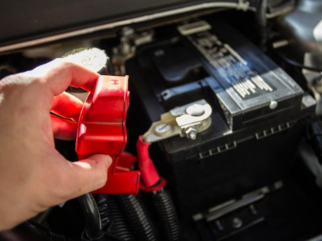Batteri för motorcykeln, husvagnen eller båten måste förvaras på rätt sätt.