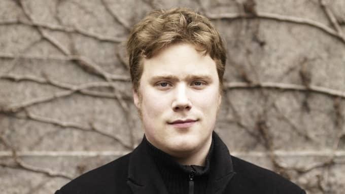Ola Wikander är författare, översättare och teologie doktor vid Lunds universitet. Han skriver regelbundet krönikor för Kvällsposten Kultur. Foto: PEO OLSSON