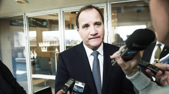 """Stefan Löfven, statsminister, S """"Det finns bara en mätning som gäller, och det är på valdagen. Nu visar vi tydligt hur vi byter inriktning för Sverige - från skattesänkningar och neddragningar till investeringar i framtiden."""" Foto: Olle Sporrong"""