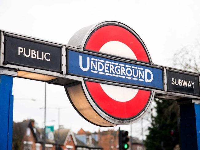 <span>Londons tunnelbana är världens äldsta.</span>
