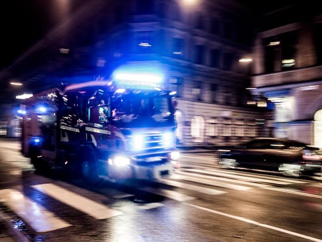 En brandbil kommer aldrig köra om när det inte är trafiksäkert att göra det.