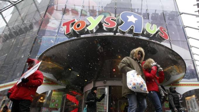 """Efter påtryckningar från en kampanjgrupp skrotar nu Toys R Us kategorierna """"pojkar"""" och """"flickor"""" på sin brittiska hemsida. Foto: AP"""