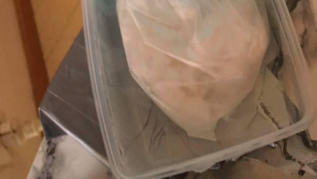 Kokainet förvarades i matlådor. Foto: POLISEN