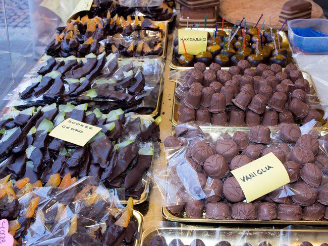 Alla tänkbara sorters choklad finns till salu i italienska Perugia.