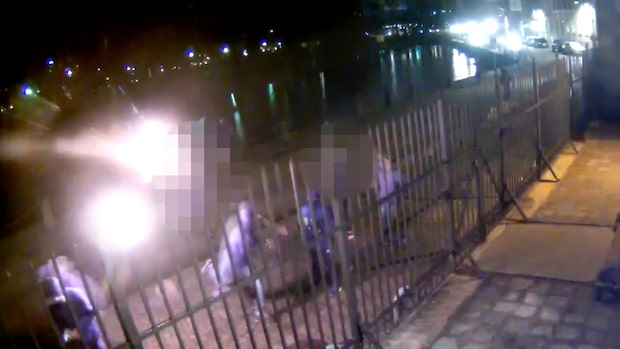 Här går gänget till attack mot synagogan
