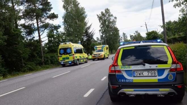 En cyklist skadades allvarligt och fördes till sjukhus. Foto: Carl Carlert