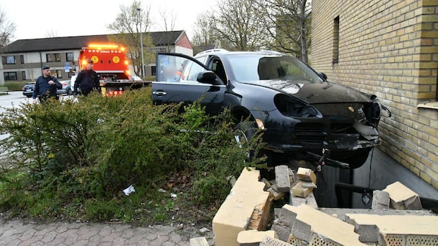 Kraschade Porsche under övningskörningen