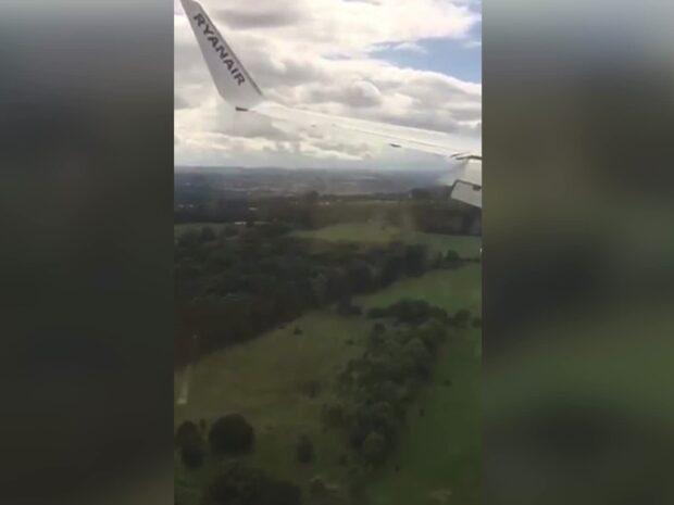 Mardrömslandningen - passagerarna skriker på Ryanair-planet