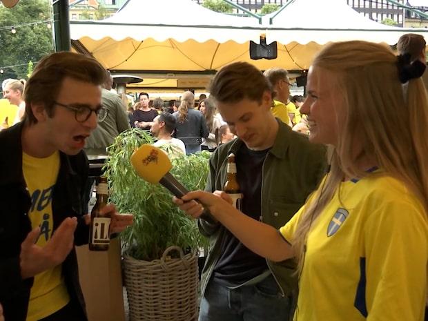 """Svenska fansen i sång """"Kanna på"""""""