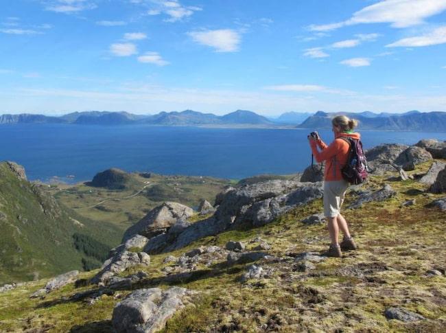 Vesterålen, Norge. Norrmännen vill behålla den vilda, naturliga känslan. Här är det hög klass på vandringslederna.