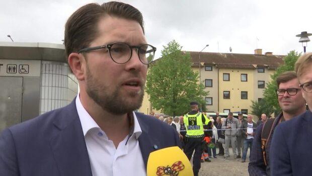 """Åkessons svar om NSF: """"Vet inget om dessa personer"""""""