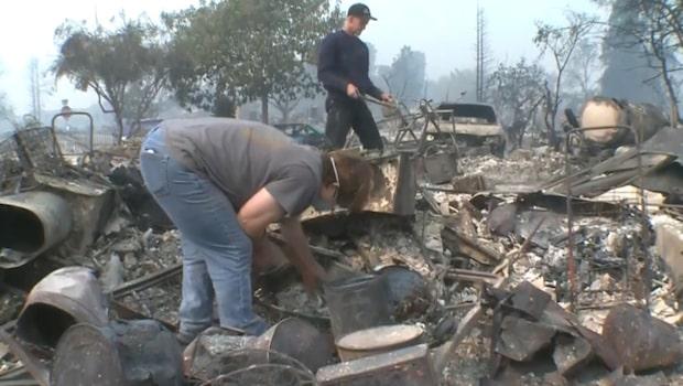 Parets hus brann ned till grunden - i askan gör de det osannolika fyndet