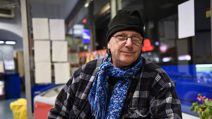"""""""Jag tycker att det är förfärligt och jag hoppas att man får klarhet i vad det är som har hänt, det är en hemsk händelse"""", säger Roland Dahlström, 60, Perstorp. Foto: JENS CHRISTIAN / EXPRESSEN/KVÃ?LLSPOSTEN"""